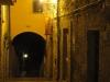 il-borgo-vicolo-del-portico-di-notte